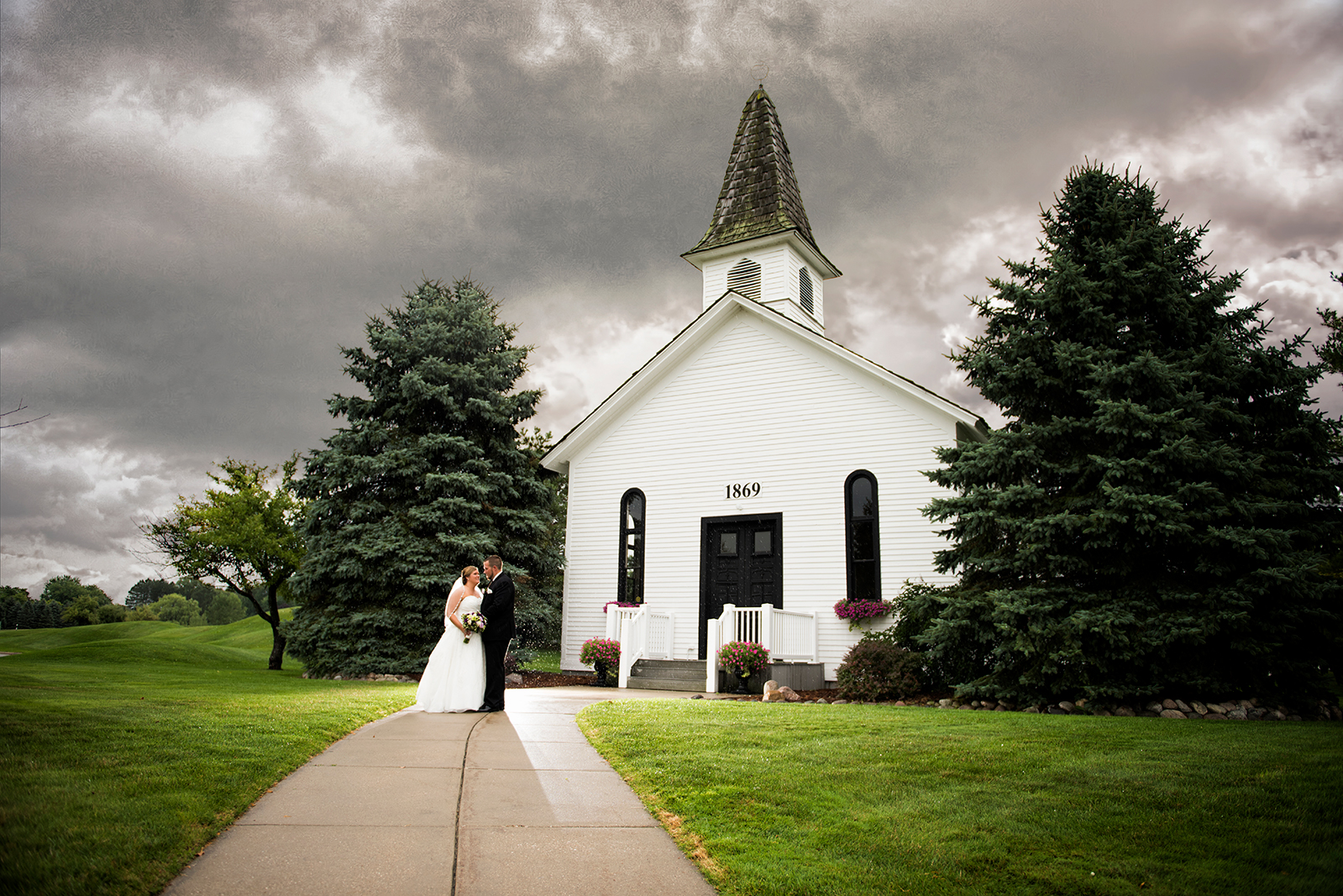 Richard and Renee Wedding photo by Warner Photography in Midland Michigan