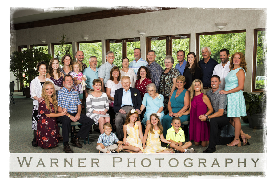 Oswald Family photo by Warner Photography in Midland Michigan