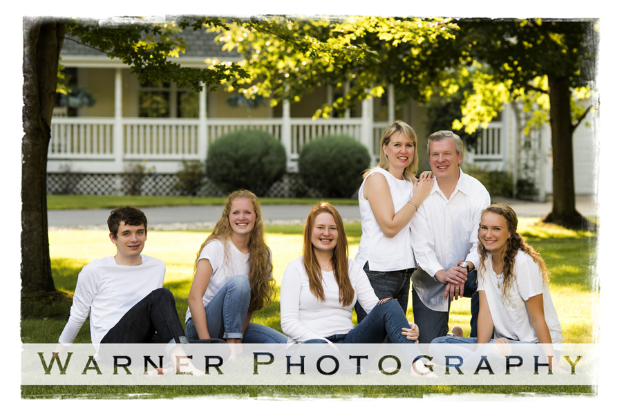 Davis Family photo by Warner Photography in Midland Michigan