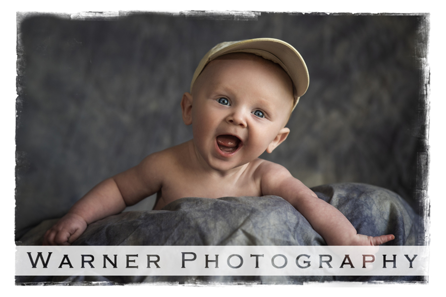 a portrait of Oliver for his Year of Memories 4 month portrait